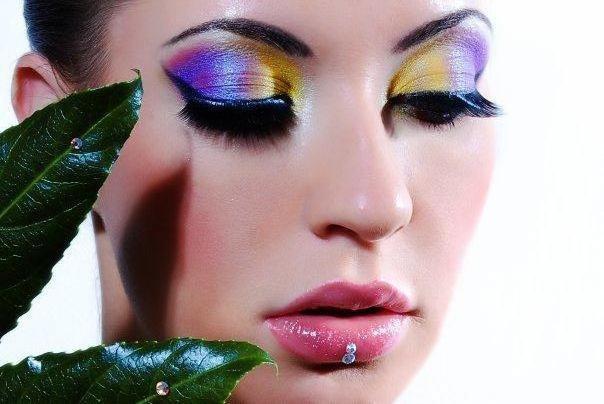 -фото- и видео-макияж.