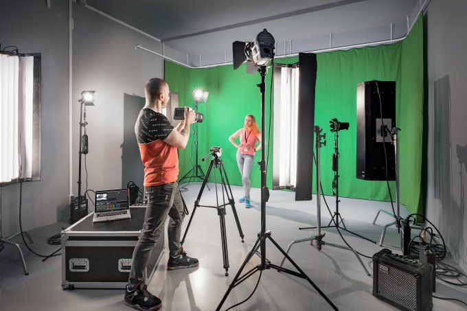 Хромакей Фотостудия/Пространство FotoVideo KUB у Казанского собора